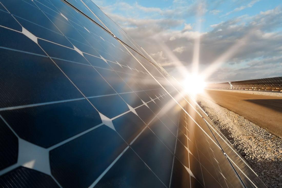 Ingeniería ahorro energético y placas solares. Corredurías Seguros. Asesoría fiscal y laboral para las comunidades. Administradores de Fincas en Valencia, Administrador de fincas en Valencia. Administraciones Delgado