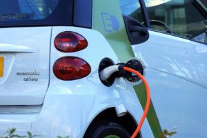 Punto de carga para coches eléctricos e híbridos